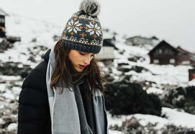 Winter toque/hat and scarf - women's